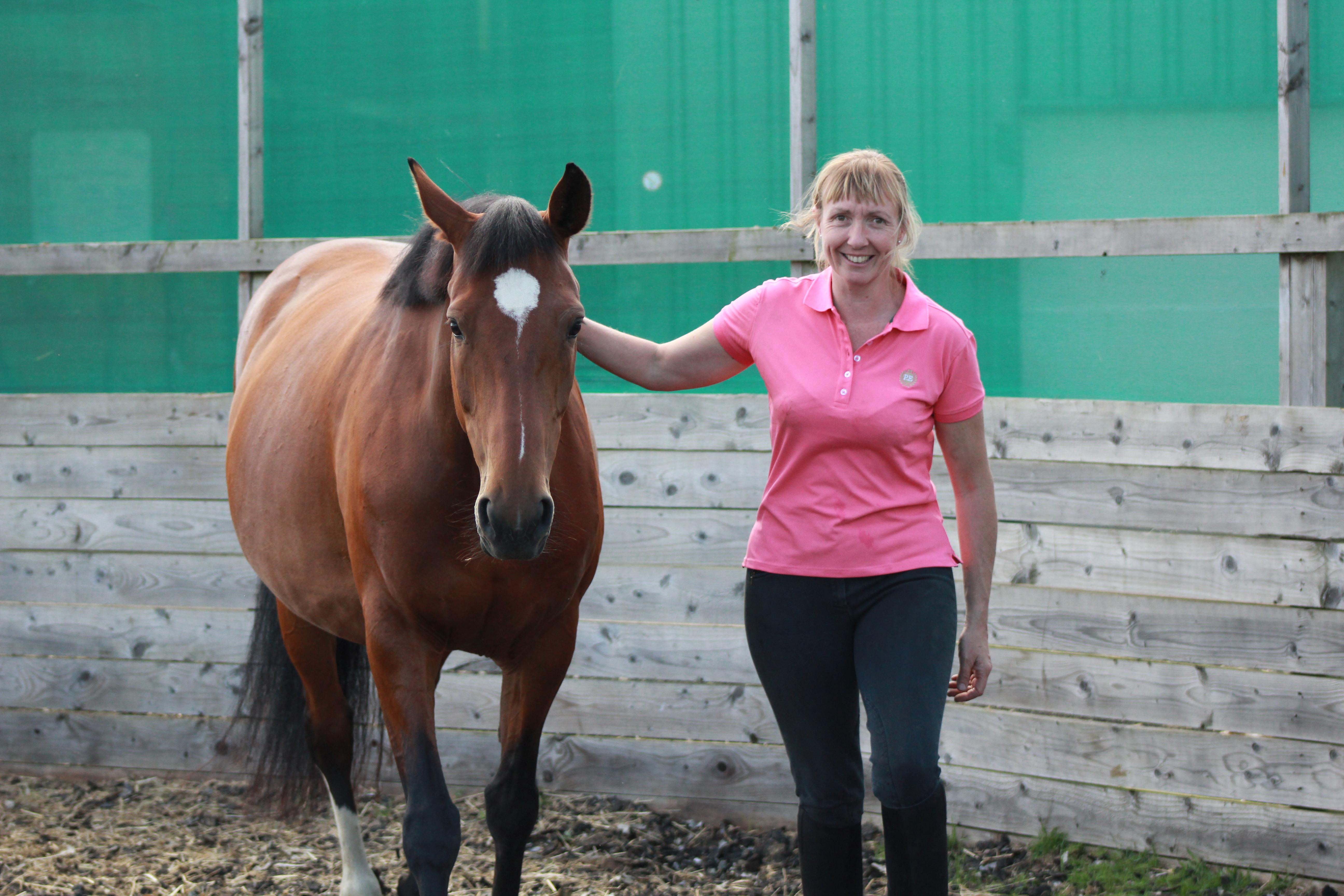 michelle teaching horse awareness workshop